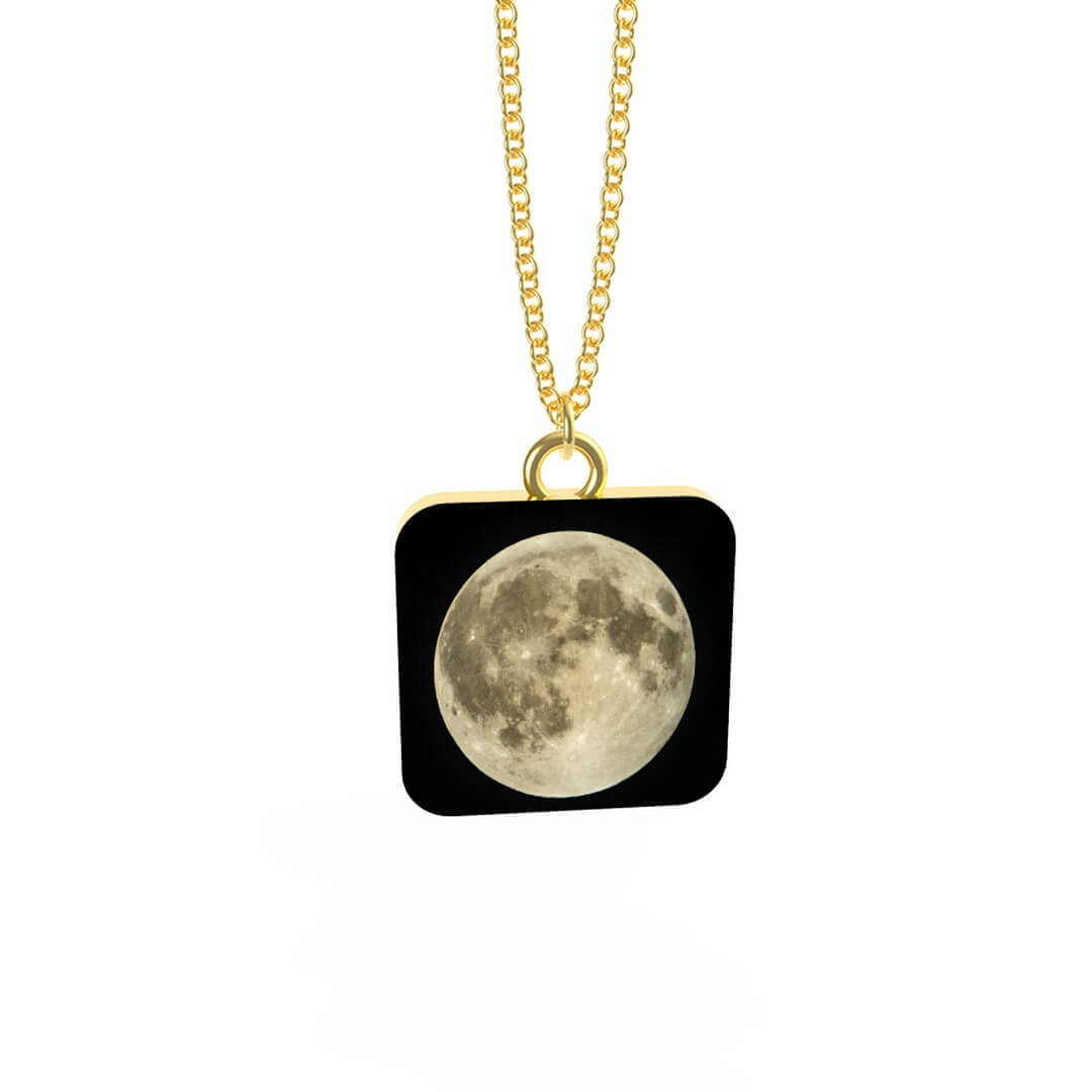 Moon Necklace with Pendant Gold Plated